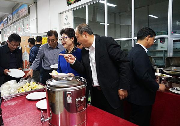学校教工清真餐厅正式开业